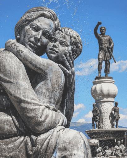 standbeelden skopje